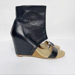 Koolaburra by Ugg Perone Laser Black Wedge Sandal